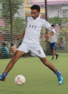 फटसलमा केइसीका खेलाडी ग्लोबल 'डि' विरुद्ध ।
