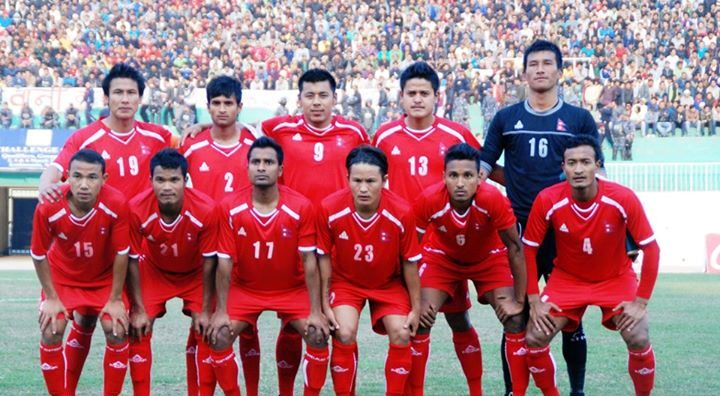 राष्ट्रिय फुटबल टिम
